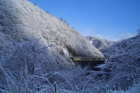 鳴子ダム雪景色